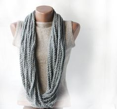 crochet chain infinity scarf…so easy and cute!