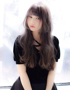 シルバーグレージュロング(MY-06) | ヘアカタログ・髪型・ヘアスタイル|AFLOAT(アフロート)表参道・銀座・名古屋の美容室・美容院