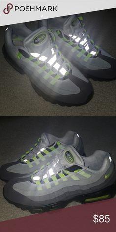 2caf916da68 Nike Air Max 95 mens sneakers Nike Air Max 95 sneakers Grey Black Neon