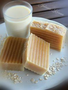 Jabón de leche de avena. Exfoliating soaps ground oats