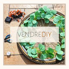 🛠 VENDREDIY 🛠 Je vais peut-être vous surprendre, mais j'ai décidé de créer une décoration avec une roue de vélo pour mon jardin. #diyideas #diydecor #diytutorial #diyhome #bricolage #bricolagefaitmain #zerodechet #bricolagemaison #bricolagejardin #diy #diylover #diyproject #diyprojet #diymeuble #lovediy #lovediyproject #recup #faitmain #vendrediy #chezviviane #diydeco #rouevelo #velo #decojardin #decorationjardin #diyjardin #designideas #diygarden Diy Jardin, Decoration Originale, Diy Décoration, Gardens, Leaf Garland, Do It Yourself Crafts