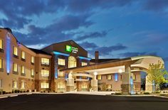 Holiday Inn Express Hotel & Suites Nampa 2.5 de 5