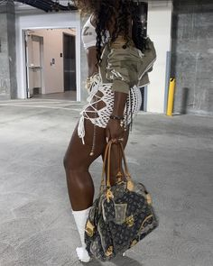 Black Women Fashion, Look Fashion, High Fashion, Winter Fashion, Fashion Outfits, Womens Fashion, Style And Grace, Types Of Fashion Styles, Aesthetic Clothes