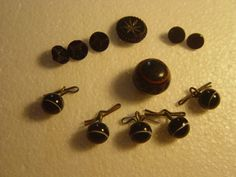 victorian black glass mourning buttons by alomartesantiques