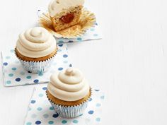 Banana-Nutella Cupcakes with Peanut Butter Frosting recipe from Food Network…