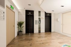 Commercial Project // Lift Lobby