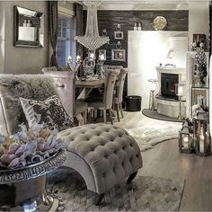 Home decor ideas home decor, bedroom decor, cheap home decor. Glam Living Room, Home And Living, Living Spaces, Living Room Decor Elegant, Living Rooms, Casa Magnolia, Deco Design, Elegant Homes, My New Room