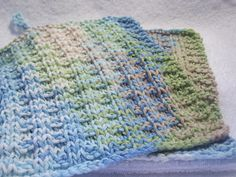 Any worsted weight cotton or cotton blend yarn will work.