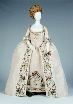 fripperiesandfobs:  Robe a la francaise ca. 1770's-80's From the Arizona Costume Institute