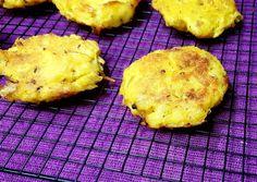 Potato Rosti Recipe by Shandré Linde Potato Rosti Recipe, Potato Recipes, Microwave Bowls, Baking Sheet, Great Recipes, Oven, Potatoes, Vegetarian, Stuffed Peppers