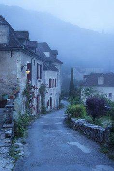 ✯ St Cirq - Lapopie, France