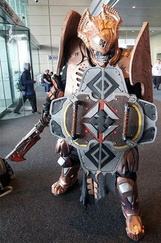 Character: Locust Palace Guard Series: Gears of War Cosplayer - Thatgearsguy