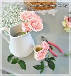 Easy Tips for arranging fresh flowers ... just in time for Valentine's Day!