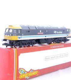 HORNBY R887 - BRITISH RAIL BR SCOTRAIL CLASS 47 DIESEL LOCO  GREYFRIARS BOBBY