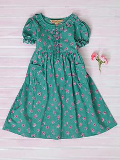 Fabulous NEW signature April Cornell clothing, kids' wear, and linens for a . Fabulous NEW signature April Cornell clothing, kids' wear, and linens for a beautiful home Kids Maxi Dresses, Girls Casual Dresses, Dresses Kids Girl, Kids Outfits, Kids Frocks Design, Baby Frocks Designs, Fashion Kids, Kids Gown, Baby Dress Patterns