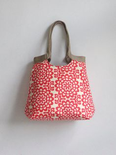 red floral carry on hobo bag with burlap handle by miranda of madebynanna