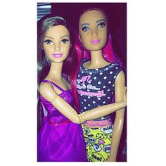 My Cousin is here with her baby! from ATL Georgia! can't wait to see my Niece#LA #lagirl #losangeles #cousins #werepracticallybestfriends #loveher #ootd #cutie #beauty #pretty #love #tflers #l4l #barbie2016 #petitebarbie #thedollevolves #barbiefashionista #barbiegram  #dollgram #dollsofinstagram #BarbieDoll #BarbieStyle #barbiecollector #mattel #instagood  #summer2016 #dollcollectorsofig #photographybyraye  by pinklabeldolls