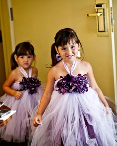 Cutest flower girl dresses EVER...dalanie and jocelyn would look soooo freaking cute in these!!!