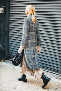 Street Style Inspiration : 6 Wintry Outfits We Love