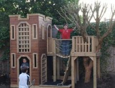 Another cool castle playhouse