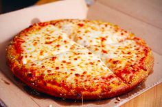 It's always pizza :p Great Recipes, Dinner Recipes, Drink Recipes, My Favorite Food, Favorite Recipes, Good Food, Yummy Food, Awesome Food, Awesome Things