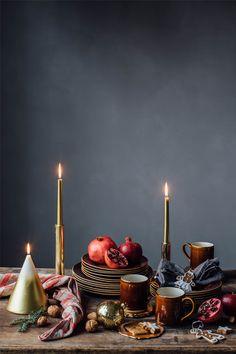 Zara Home Just Launched the Moody Holiday Editorial of Our Dreams Christmas Table Decorations, Holiday Tables, Holiday Decor, Christmas Mood, Xmas, Christmas Cakes, Zara Home Christmas, Christmas Trends, Nordic Christmas