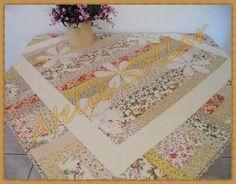 Toalha de mesa em patchwork Modelo Margarida