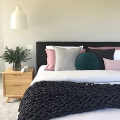 Very nice bedroom!!