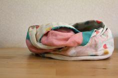 nani IRO figure 8 scarf - take a moment to enjoy her Etsy fabric store. Nani Iro fabulousness!