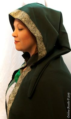 MADE TO ORDER  Cloak cape in dark green cotton by RavenThreadsLab