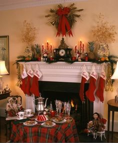 Christmas red green plaid tablecloth, red green check tartan table cloth, 2013 Christmas table settings #Christmas #red #plaid #tablecloth www.loveitsomuch.com