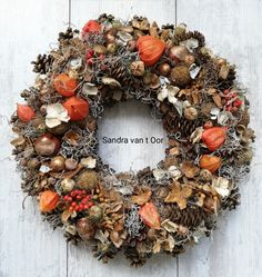 Christmas Diy, Christmas Wreaths, Fall Decor, Holiday Decor, Pine Cone Crafts, Autumn Art, Fall Wreaths, Fall Harvest, Dried Flowers