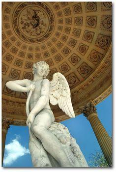Temple de L'Amore (Temple of Love)