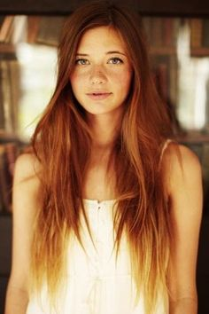 15 Seriously Cool Summer Hair Ideas - long red hair