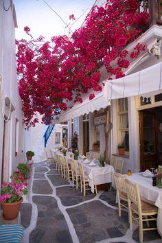 Dinner in Mykonos, Greece Mykonos Grecia, Mykonos Town, Santorini Greece, Greece Itinerary, Greece Travel, Oh The Places You'll Go, Places To Travel, Santorini House, Sidewalk Cafe