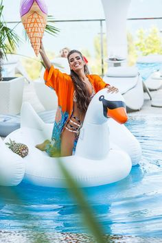Hey, come party with us! Betrendy.co.ua #love #smells #flowers #happy #dress #tropical #silk #ny #eve #shine #sparkling #queen #girls #girl #happiness #holiday #beautiful #radiance #sunny #miracle #summer #magazine #pool #summer #palm #cake #swan