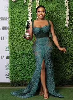Nigerian Lace Styles Dress, Lace Gown Styles, African Wear Dresses, African Bridesmaid Dresses, Aso Ebi Lace Styles, African Lace Styles, Latest African Fashion Dresses, African Attire, Nigerian Dress