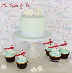 Sky Cake by Ros Cakes & Co.