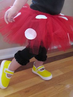Click here to learn how to make an adorable Minnie Mouse tutu! Materials needed: red tulle, white felt, no-roll elastic, and a sewing machine.