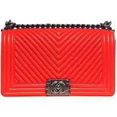 Pre-owned Chanel Boy Leather Handbag (73,570 MXN) ❤ liked on Polyvore featuring bags, handbags, red, hand bags, handbag purse, red purse, chanel and leather hand bags
