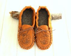 Quality leather accessories for all ages. by GypsyPlaid on Etsy Leather Moccasins, Leather Slippers, Best Mothers Day Gifts, Gifts For Mom, Purple Leather, Suede Leather, Baby Boots, Spring Shoes, Soft Suede