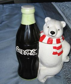 ❤Coca-Cola 1998 Bear & Coke Cookie Jar