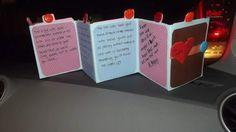 Tarjeta con mensajes ocultos