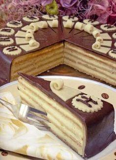 Торт «Сударь» (Herren) » Кулинарные рецепты Fudge Cake, Brownie Cake, Pie Cake, No Bake Cake, Russian Cakes, Russian Desserts, Baking Recipes, Cake Recipes, Honey Cake