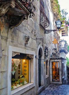 Vicolo in Taormina, Sicily, Italy