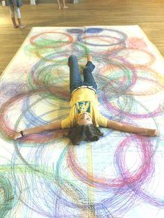Human Spirograph art-movement with line grade Child Draw, Spirograph Art, Ecole Art, Group Art, Middle School Art, Art School, Collaborative Art, Process Art, Preschool Art