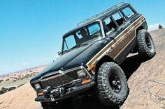 1984 Jeep Grand Wagoneer - Mercenary Offroad diesel swap