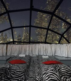You Can Rent A Glass Igloo In Finland To Watch The Northern Lights » WOW! How have I never heard of this before... this just made it onto my top 5 list!!!