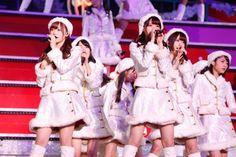 (画像1/1) 乃木坂46、サンタ衣装でX'masライブ開催!ファンが選ぶ、アルバムで聴きたい曲1位は驚きのあの曲?!
