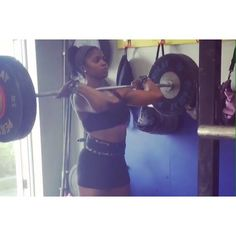 Check out our girl @kirsti_potts using our wrist wraps to make big lifts. Check out our very first Feature Friday interview we did with her on the G-Loves blog!  #liftandlove #glovegirl #g_loves #fitfam #girlswithmuscle #fitchicks #fitspo #loft #workout